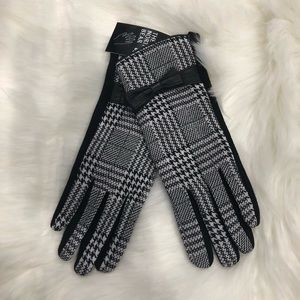 Accessories - Houndstooth Gloves